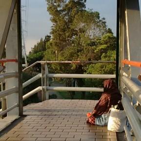 PicsArt_08-24-09.03.03